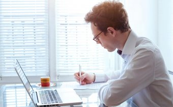 كيف تكتب سيرة ذاتية ناجحة؟ 12 خطوة لكتابة سيرة ذاتية صحيحة